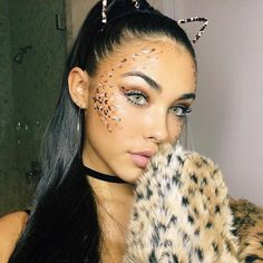 If I were you, I would adore me. ✨ Stunning Madison 🔺🔻🔺🔻🔺🔻 wearing Solotica Hidrocor Mel contact lenses aesthetic aesthetic surgery job job before and after remodelling Cheetah Halloween Costume, Leopard Costume, Cat Halloween Makeup, Halloween Looks, Halloween Outfits, Brown Hair Halloween Costumes, Madison Beer, Cheetah Makeup, Fox Makeup