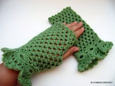 CROCHET FINGERLESS GLOVES Lace Gloves Green by LyubavaCrochet
