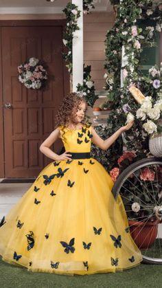 детские 2016 год. Princess Flower Girl Dresses, Baby Girl Party Dresses, Little Girl Dresses, Girls Dresses, Kids Frocks, Frocks For Girls, Pageant Dresses, Ball Dresses, Baby Dress Design