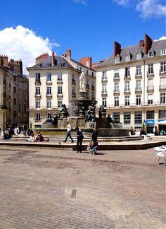 Place Royale et sa fontaine-