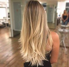 65 Ideas For Balayage Hair Rubio Blonde Highlights Brown Blonde Hair, Blonde Ombre, Hair Color Balayage, Blonde Color, Hair Highlights, Long Curly Blonde Hair, Natural Blonde Highlights, Beige Blonde Balayage, Sandy Blonde