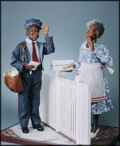 Miss Ida Mae Walker is rather sweet on the mailman....today she has made him fresh Chocolate Chip Cookies.... Made by Creager Studios...all accessories are handmade by the Creagers ...