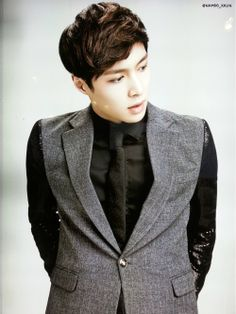 Can this man be any more PERFECT? Jesus  - EXO-M's Lay