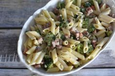 Cheesy Pasta with Ham and Broccoli