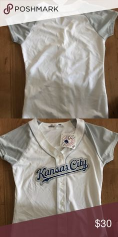 036c8fed7744 Brand New Kansas City Royals Women s Jersey Brand new with tags! Tops