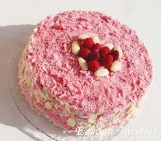 EGE'DEN TARİFLER: Frambuazlı Yaş Pasta ve Mutlu Seneler