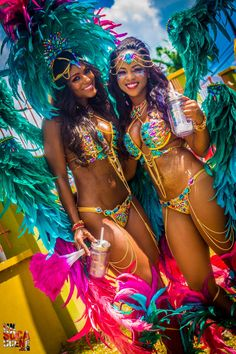 Haiti's Cultural carnival festivities. Haitian Carnival is a celebration held over several weeks each year leading up to Mardi Gras. Carnival Spirit, Carnival Girl, Carnival 2015, Trinidad Carnival, Carnival Outfits, Caribbean Carnival, Carnival Festival, Rio Carnival, Carnival Costumes