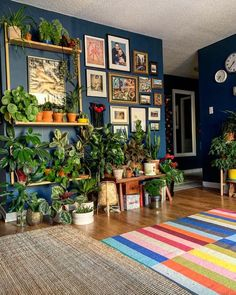Eclectic Living Room, Boho Living Room, Eclectic Decor, Living Room Decor, Eclectic Chairs, Boho Room, Eclectic Style, Casa Hipster, Deco Retro