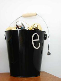 Minimalist easter basket