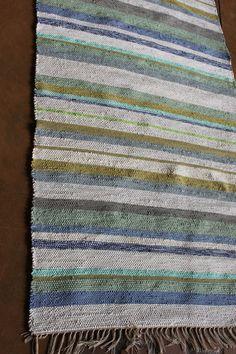 Striped cotton and raffia carpet