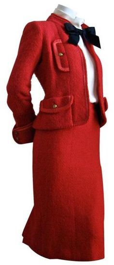 Red skirt-suit: pencil skirt & jacket with bow - 1980s Karl Lagerfeld for Chanel suit via 1stdibs.com