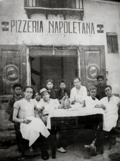 Italian Vintage Photographs ~ #Italy #Italian #vintage #photographs ~ Historical Neapolitan pizza makers