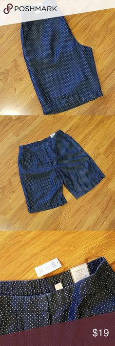 """Chicos Bermuda shorts Adorable and lightweight NWT Bermuda shorts with tiny dots Chicos sz00. Waist is 30""""laying flat, I'm calling these more of a large. My neighbor ordered them and they are obviously sized wrong. Chicos  Shorts Bermudas"""