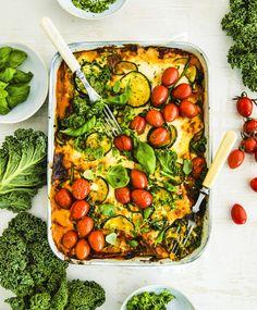 Kasvislasagne – vihreässä täytteessä on yllin kyllin makua ja proteiinia! Vegetable Dishes, Vegetable Recipes, Vegetarian Recipes, Healthy Recipes, Wine Recipes, Cooking Recipes, Food Crush, How To Cook Pasta, I Love Food