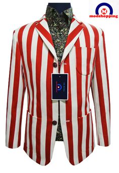 Bespoke Tailoring Suit - RED  http://www.bespokezone.com/red-whith-stripe-boating-blazer/