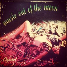 Lesley Baxter & Harry Revel - Music out of the Moon 1947.  3 disc 45 box.