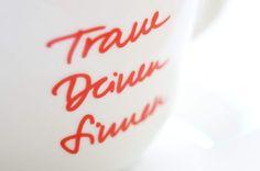 ZEICHEN & WUNDER / Caffè-Tassen Kollektion / #Traue #deinen #Sinnen #Packaging #Design #Gestaltung / by Zeichen & Wunder, München Corporate Design, Shot Glass, Tableware, Colors, Dinnerware, Dishes, Brand Design, Colour, Color