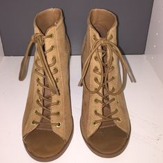 """Aldo lace up booties Gorgeous tan lace up booties in a mesh leather style. Chunky block 3"""" heel. Super comfortable. Literally worn once! See the second pic for an area that I am pointing to with a tiny little spot. Hardly noticeable! ALDO Shoes Ankle Boots & Booties"""