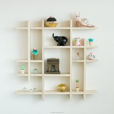 The prettiest way to display your little treasures, travel souvenirs, miniatures,...So clean and modern.  This gorgeous shadow box shelf is handmade with