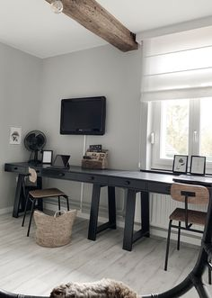 Home Office Design, House Design, Basement Office, Aesthetic Room Decor, Interior Inspiration, Home And Family, Sweet Home, New Homes, Interior Design