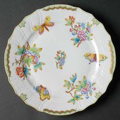 Herend Queen Victoria (Green Border) Dinner Plate