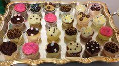 #cupcakes #choco #vanille #chocolat #blanc #lait #caramel #crème au #beurre #mascarpone #fraise #paillette #confetti #shamallow #sucre #or