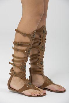 4fa46994e 79 melhores imagens de SAPATOS ❤ | Boots, Fashion shoes e High heels