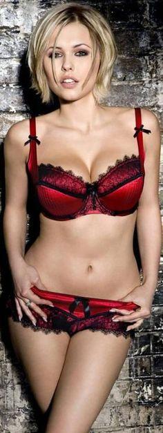 Sexy Blonde ➳❤ ⊱ℳℬ⊰ http://a.pinshopway.com/sexypins/untarnished/