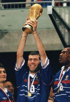 Zidane, France FIFA World Cup Champion(France/1998) #France #WorldCup #Zidane