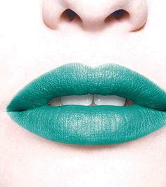 Blue green lips