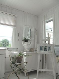 Shabby Chic Cottage ~ Living