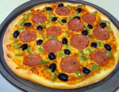 This recipe is for a thick crispy crust that retains that melt-in-your-mouth pizza dough inside. Using your breadmaker makes this recipe very easy and very tasty! Bread Maker Pizza Dough, Bread Maker Machine, Bread Maker Recipes, Pizza Recipes, Bread Machines, Dough Pizza, Pizza Shapes, Great Pizza, Pasta