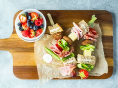 Sunne matpakke tips Scandinavian Kitchen, Seasonal Food, Korn, Omelette, Scones, Tapas, Sandwiches, Berries, Dairy