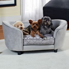 Give your pet the royal treatment by adding this sweet pet bed to his favorite corner. This plush pet bed is sized sufficiently to accommodate most small dogs and features comfortably padded back and