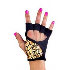 G-loves Gold mermaid scales & black trim gym weight cross fit womens gloves Workout Gloves For Women, Functional Workouts, Gym Gloves, Gym Weights, Mermaid Scales, Gym Style, Love Design, Workout Wear, Workout Outfits