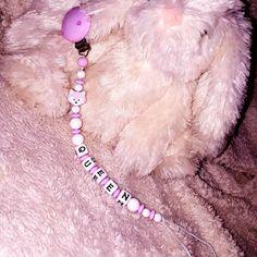 👑👸👑 #nuggiketten #nuggikette #queen #pink #thun #mami2019 #schwanger2019 #itsagirl #mädchen #babyrose Little Star, Queen, Stars, Rose, Hair Styles, Pink, Beauty, Instagram, Necklaces