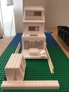 1000 images about lego architecture studio on pinterest lego architecture studios and spa rooms - Lot ek container home kit ...