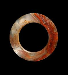 China, Ring, Warring States Period, 475 BCE - 221 CE. Agate