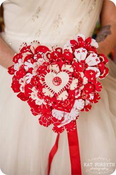 Red white felt & button bouquet by Beaubuttons.