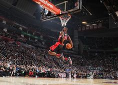 HOUSTON, TX - FEBRUARY 16: Terrence Ross #31 of the Toronto Raptors during the 2013 Sprite Slam Dunk Contest on State Farm All-Star Saturday Night as part of the 2013 NBA All-Star Weekend on February 16, 2013 at the Toyota Center in Houston, Texas.