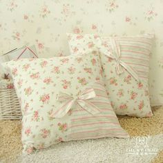 4 Fun Clever Tips: Shabby Chic Garden Seating shabby chic bedroom kids.Shabby Chic Farmhouse Old Doors shabby chic baby shower outfit. Shabby Chic Wardrobe, Shabby Chic Wall Decor, Shabby Chic Pillows, Shabby Chic Garden, Shabby Chic Living Room, Shabby Chic Interiors, Chic Bedding, Diy Pillows, Cushions