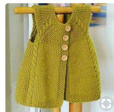 new-Baby-Jacke-Saison-baharlik – Baby Kleidung Baby Knitting Patterns, Knitting For Kids, Crochet For Kids, Knitting Designs, Knit Crochet, Free Knitting, Cardigan Bebe, Knitted Baby Cardigan, Quick Knits