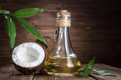The benefits of coconut oil for teeth health and how to use it. Coconut Oil Cats, Coconut Oil Coffee, Coconut Oil For Skin, Oil For Stretch Marks, La Constipation, List Of Essential Oils, Extra Virgin Coconut Oil, Benefits Of Coconut Oil, Hair Growth Oil