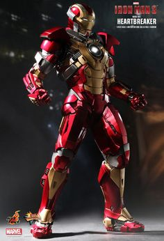 Hot Toys Iron Man Mark XVII Heartbreaker is a excellent 1/6 version of this Iron...