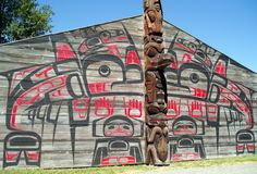NW 'Ksan Historical Village in Old Hazelton. celled the Big House. depicts both crest and crest pole intricacy
