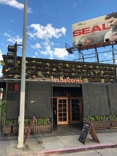 Great Peruvian restaurant, Los Balcones on Vine.  The ceviche mixto is outstanding.  #GlitteratiToursLA
