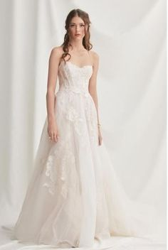 Willowby by Watters 52707 Harmony Strapless Sweetheart Lace A-Line Wedding Dress Top Wedding Dresses, Perfect Wedding Dress, Tulle Wedding, Designer Wedding Dresses, Wedding Gowns, Bridesmaid Dresses, Wedding Suite, Mermaid Wedding, Nordstrom Dresses