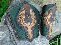 Fantasy leather armor by Fantasy-Craft on DeviantArt Leather Bracers, Leather Tooling, Cosplay, Arm Guard, Fantasy Costumes, Leather Pattern, Medieval Fantasy, Fantasy Armor, Leather Projects