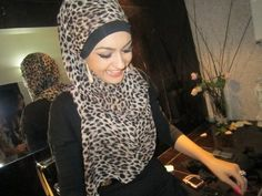 ☪☪ Hijabi Blog ☪▶ http://muslimwomenwearclothestoo.tumblr.com/ ◄☪