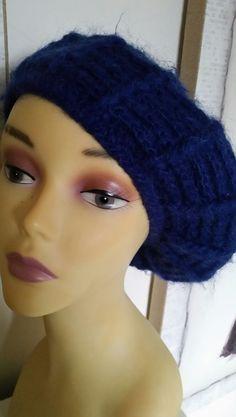 VINTAGE LADIES ROYAL BLUE ANGORA/WOOL MIX  BERET BEANIE SOFT HAT